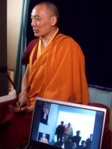 Khenpo Gawang Teaching in Yushu via SKYPE
