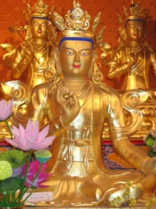 Gilded statue of Dawa Sangpo at the Gesar Palace in Golok