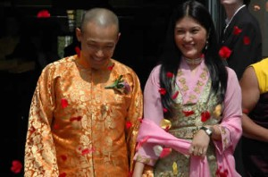 Rose petals welcome the newly married Sakyong and Semo Tseyang at the Boulder Courthouse in 2005
