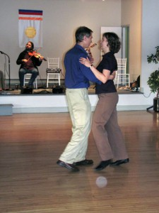 Ashe Acharya John Rockwell & Rhiannon Wells waltzing at end of Midsummers 2012 contra dance