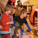 Children offering their gifts