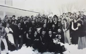 16th Karmapa and Jamongon Kontrul with large group