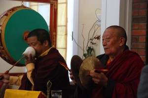 The Puja being performed by Lama Pema Gyaltsen and Lama Gyurme Dorje; photo by Pablo Coddou