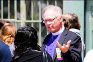 Rev. Marc Andrus speaking at the Affinity Gatherings, photo by Charles Betito Filho