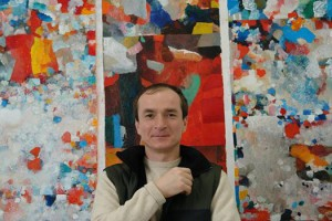 Temo Svirely with paintings