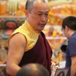 Sakyong Gives Talk at Gongter