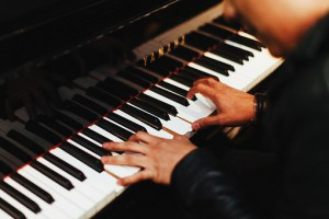 pianist-1149172__340