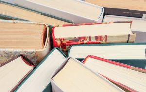 books-1194457__340
